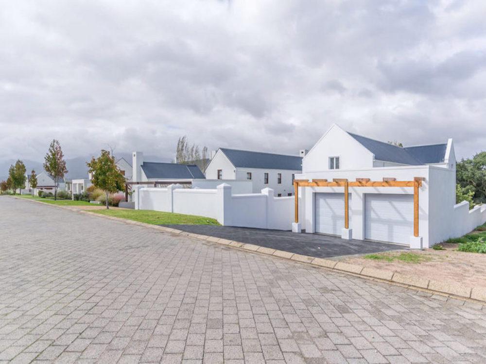 Stellenbosch-20-1024x687